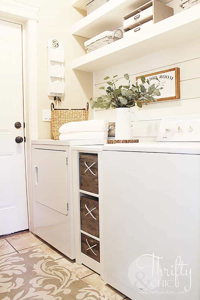 Functional-Stylish Small Laundry Rooms-06-1 Kindesign