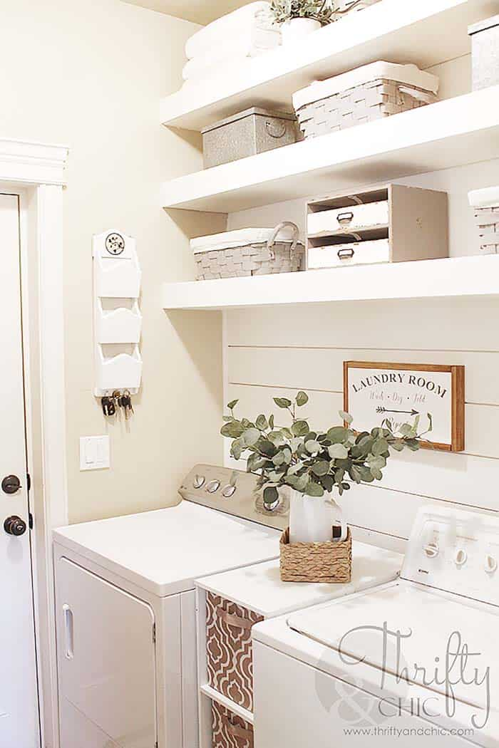 Functional-Stylish Small Laundry Rooms-07-1 Kindesign