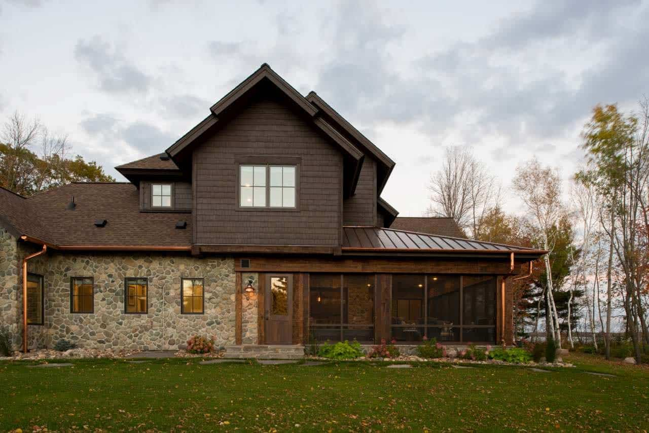 Lodge-Style Lake House-Nor-Son Builders-03-1 Kindesign