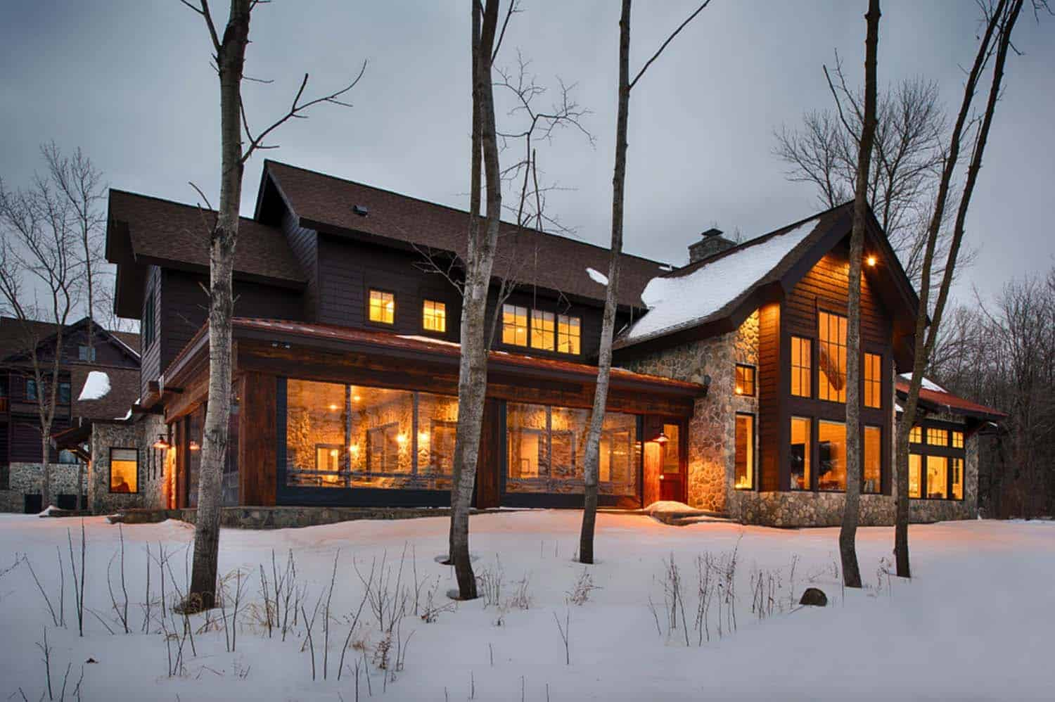Lodge-Style Lake House-Nor-Son Builders-24-1 Kindesign