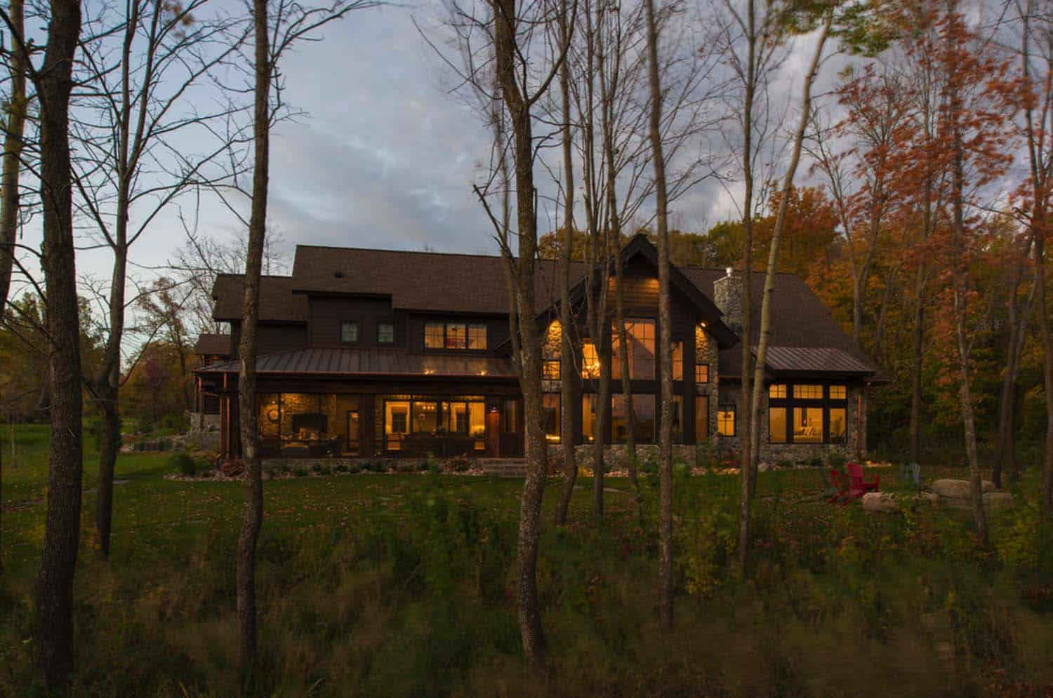 Lodge-Style Lake House-Nor-Son Builders-26-1 Kindesign