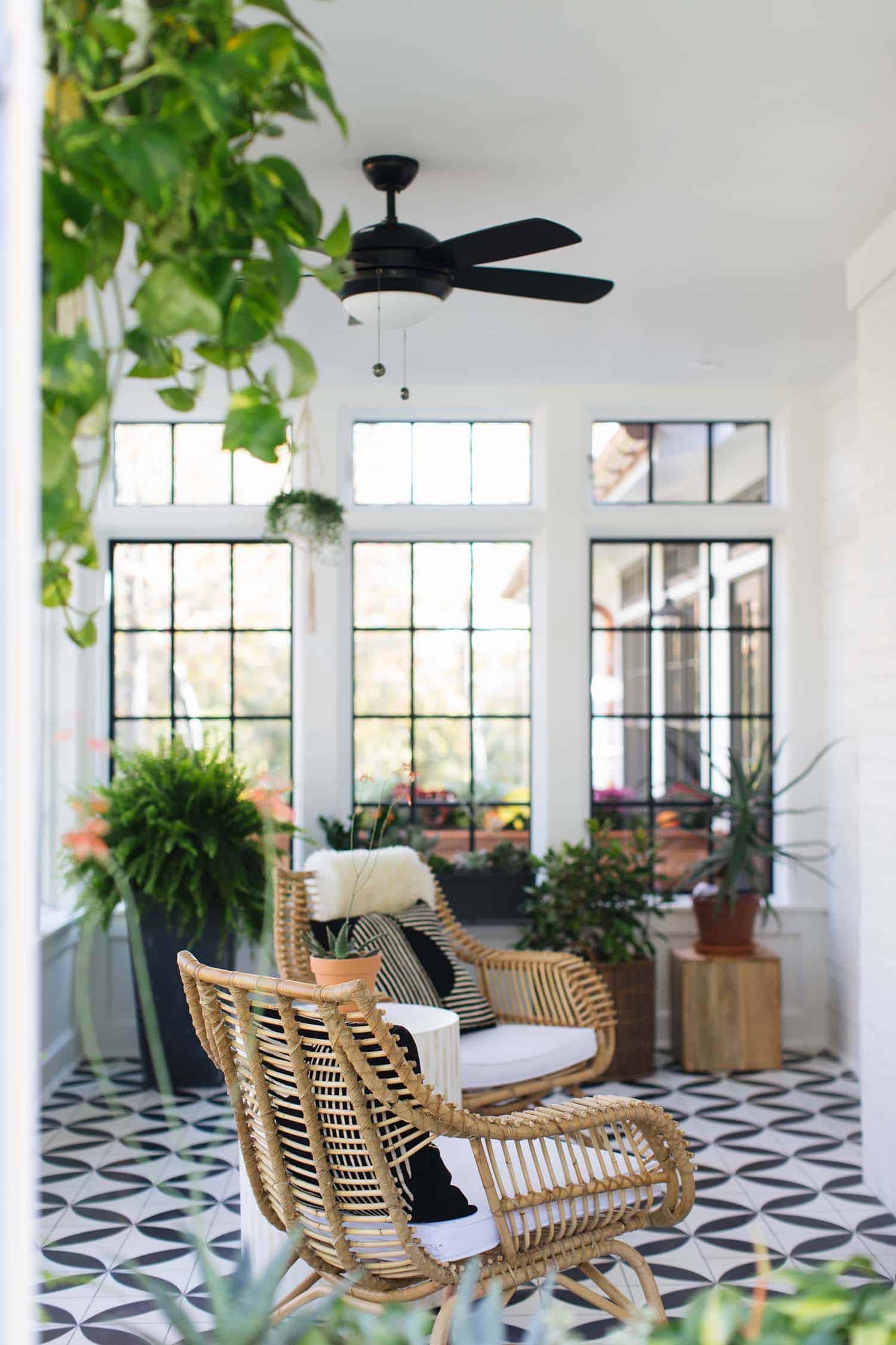 Modern Farmhouse Style-Jean Stoffer Design-36-1 Kindesign