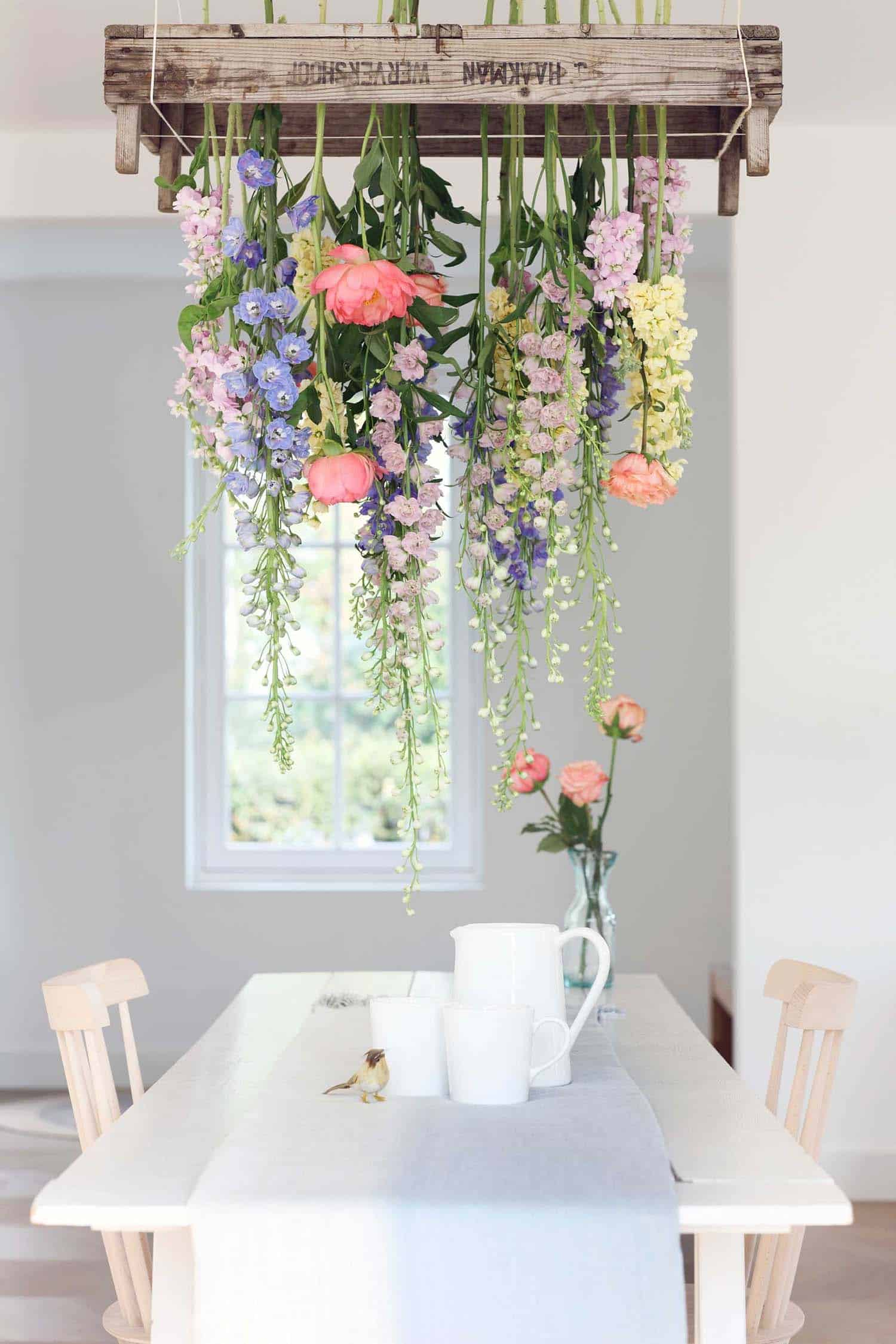 How To Decorate Your Home With Spring Floral Arrangements-02-1 Kindesign