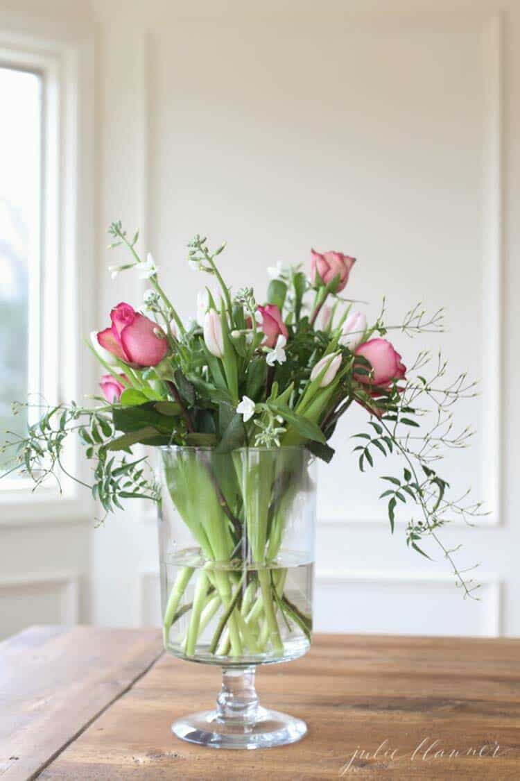 How To Decorate Your Home With Spring Floral Arrangements-11-1 Kindesign