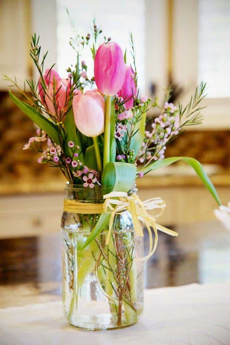 How To Decorate Your Home With Spring Floral Arrangements-15-1 Kindesign