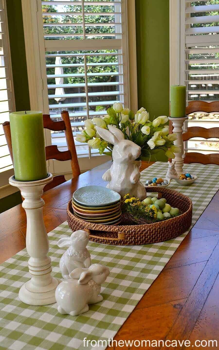 Inspiring Easter Table Centerpiece Ideas-17-1 Kindesign
