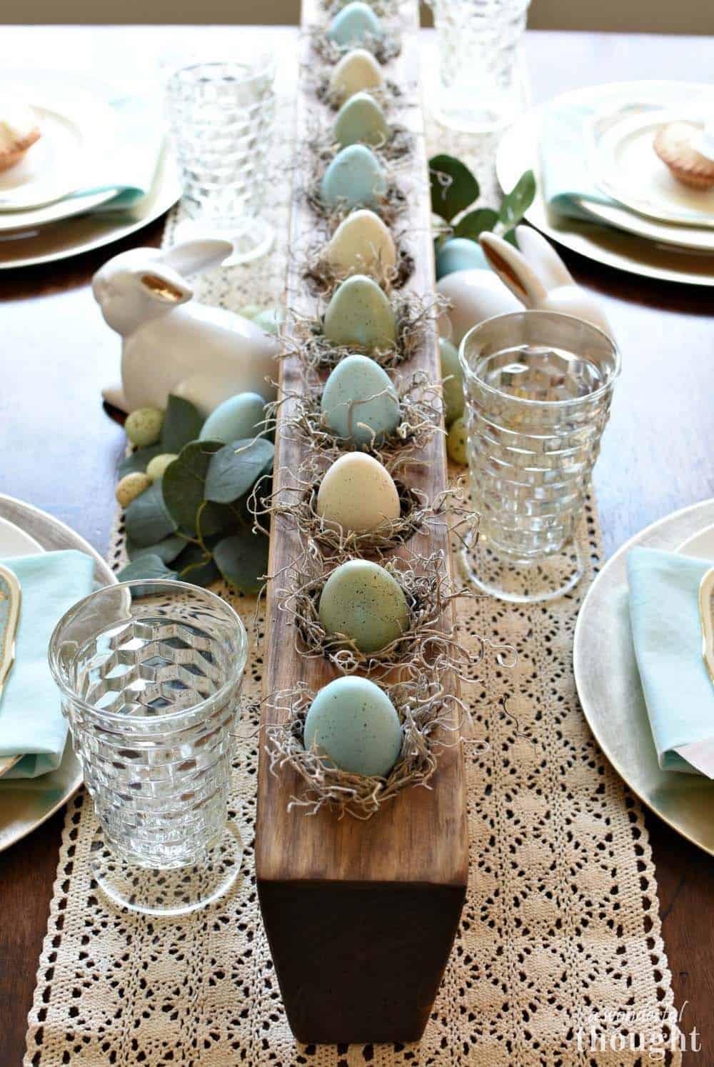 Inspiring Easter Table Centerpiece Ideas
