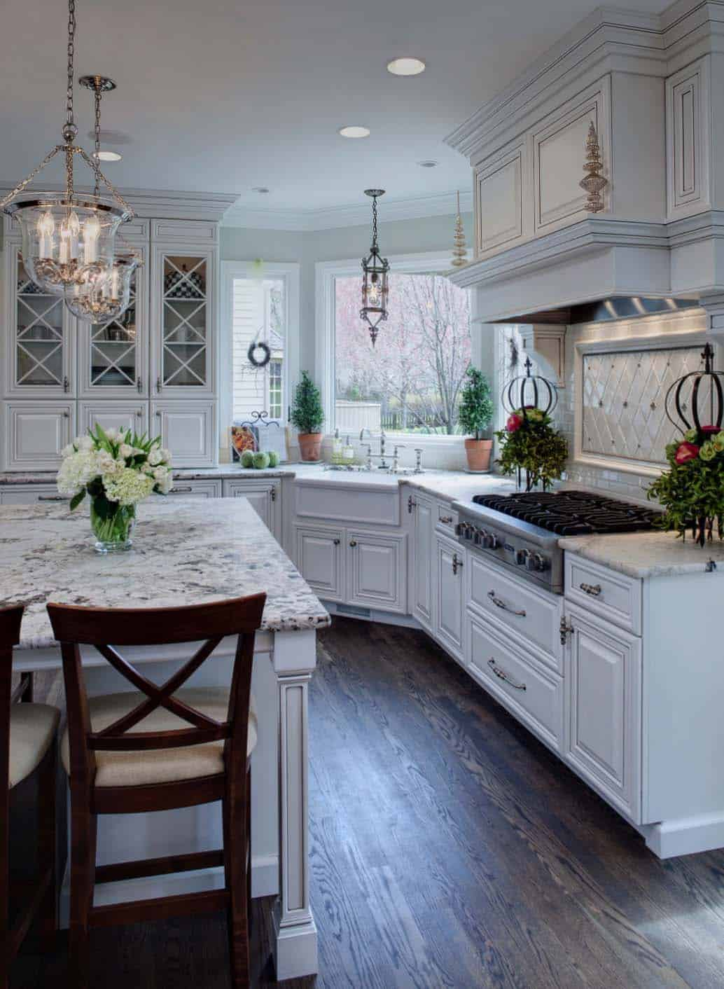 30+ Beautiful and inspiring light-filled kitchens with white countertops