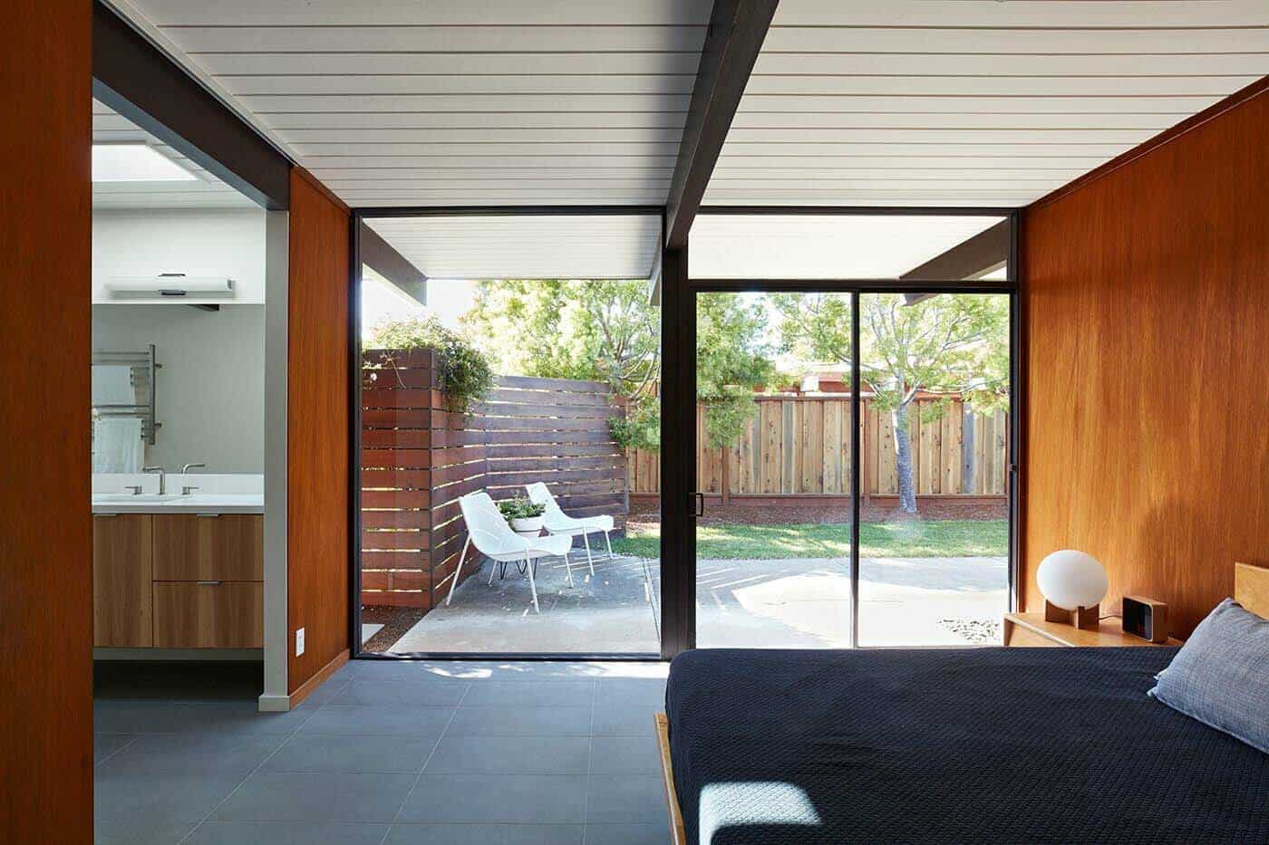 Mid-Century Modern Eichler Addition Remodel-Klopf Architecture-08-1 Kindesign