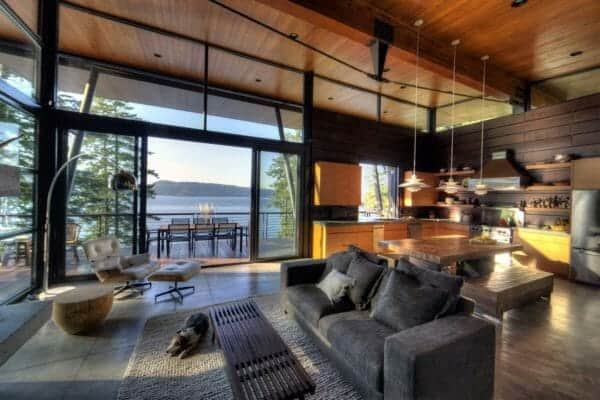 featured posts image for Modern log cabin perched on a cliff overlooking Coeur D'Alene Lake