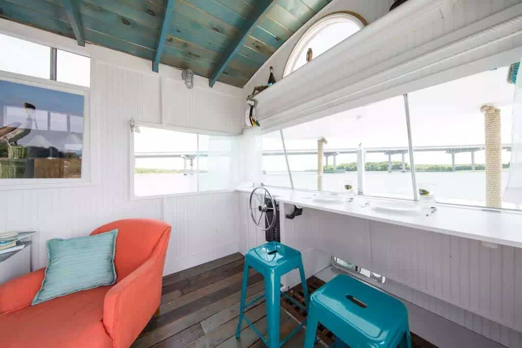 Pirates Life Houseboat-06-1 Kindesign