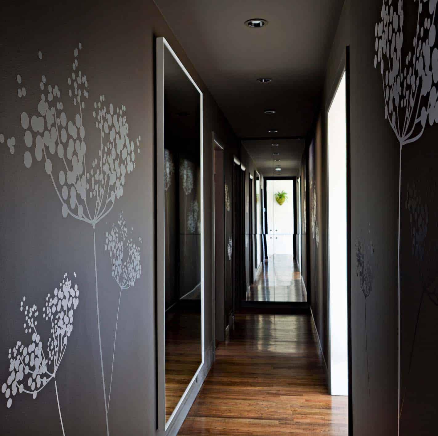 contemporary-hallway