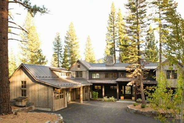 featured posts image for A Lake Tahoe mountain home getaway surrounded by pine forest