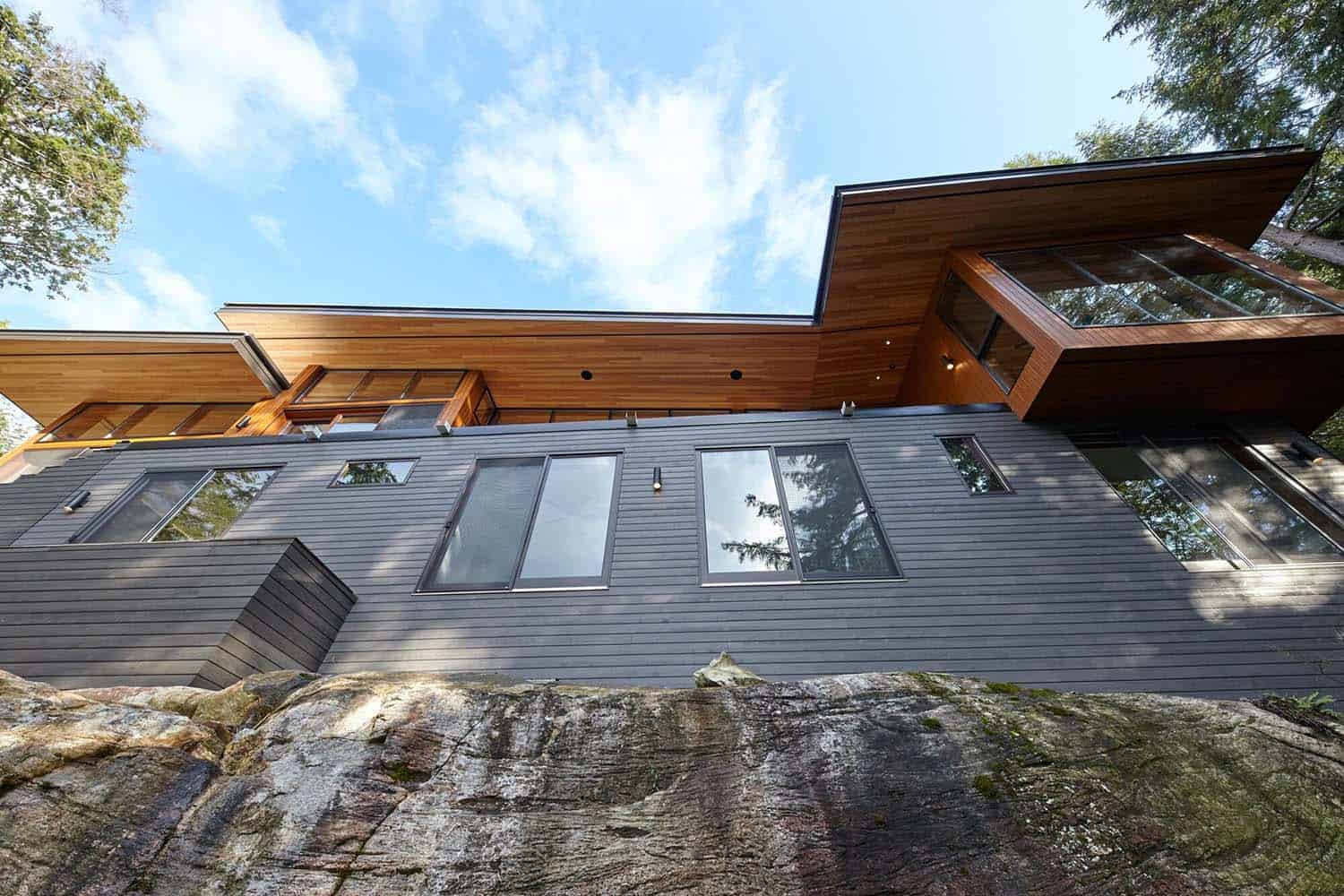 Stanley Bay Contemporary Cottage-Trevor McIvor Architect-04-1 Kindesign
