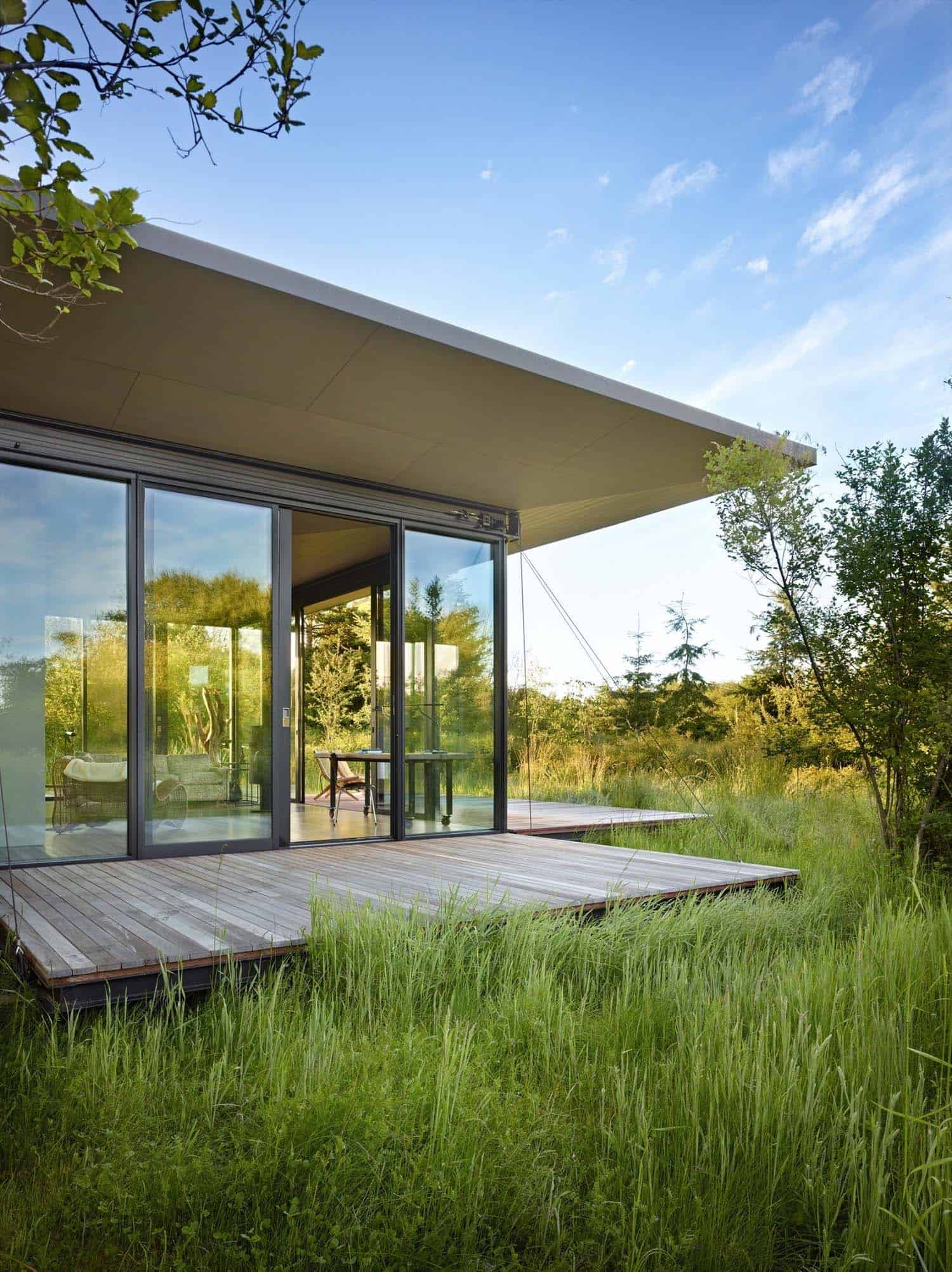Tiny Modern Cabin-Olson Kundig Architects-10-1 Kindesign