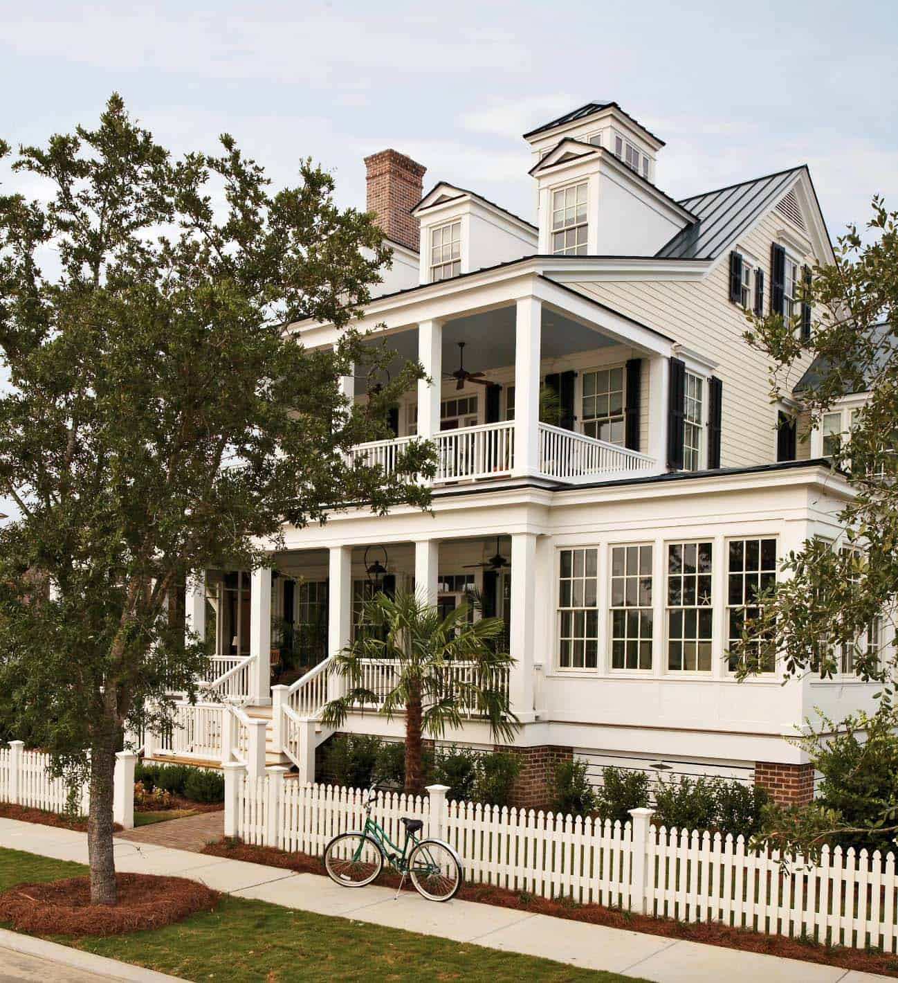 Classic Decorating Ideas For Plantation Style Homes: Coastal Style Home In North Carolina Showcases Inviting