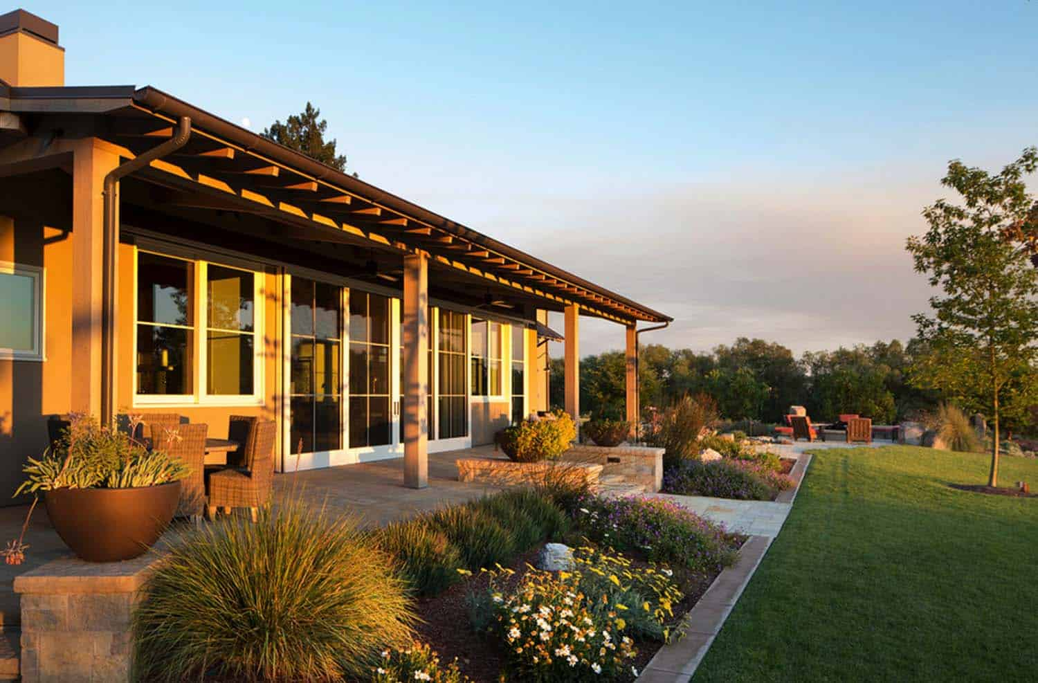 Wine Country Residence-Wade Design Architects-02-1-Kindesign