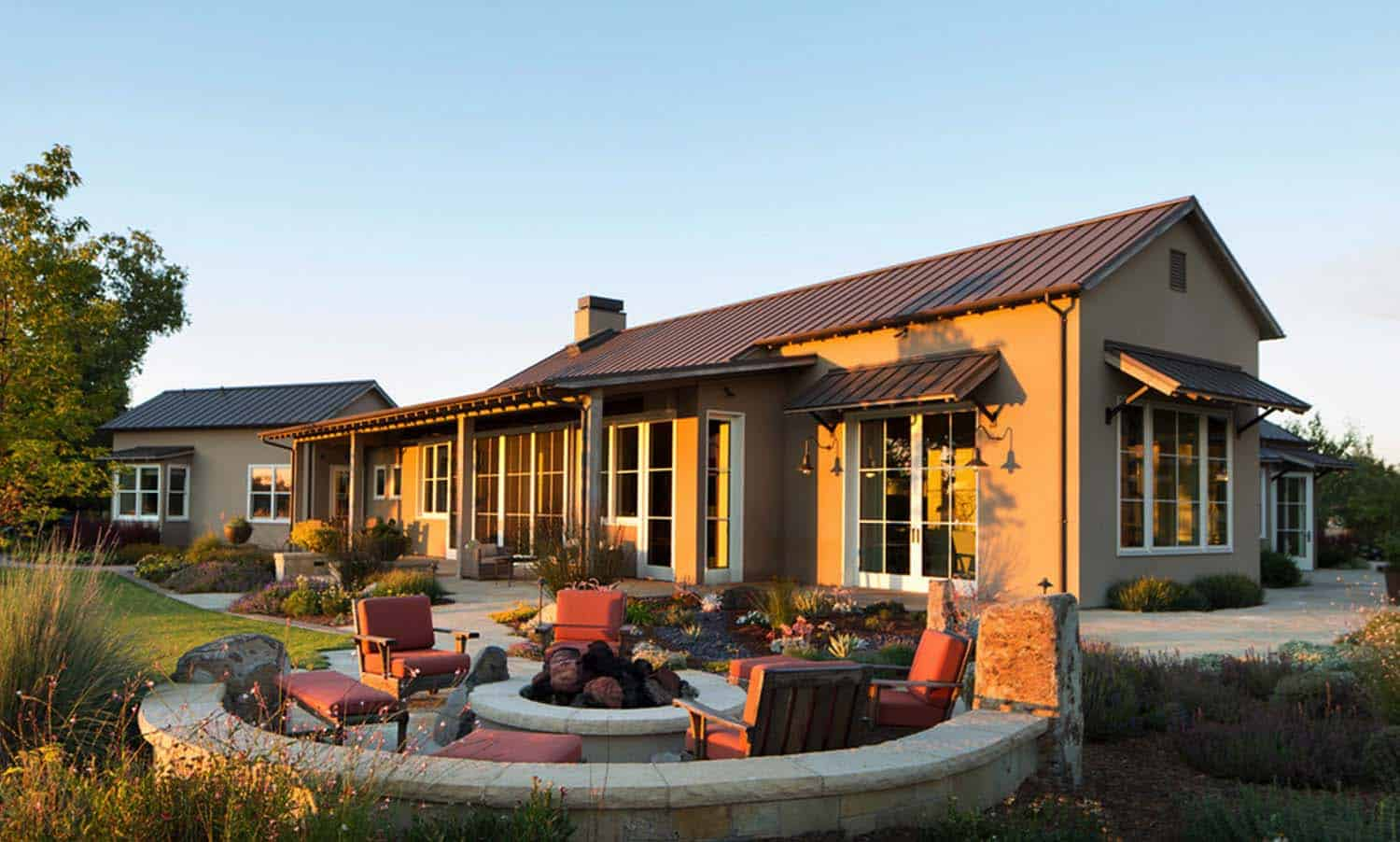 Wine Country Residence-Wade Design Architects-03-1-Kindesign
