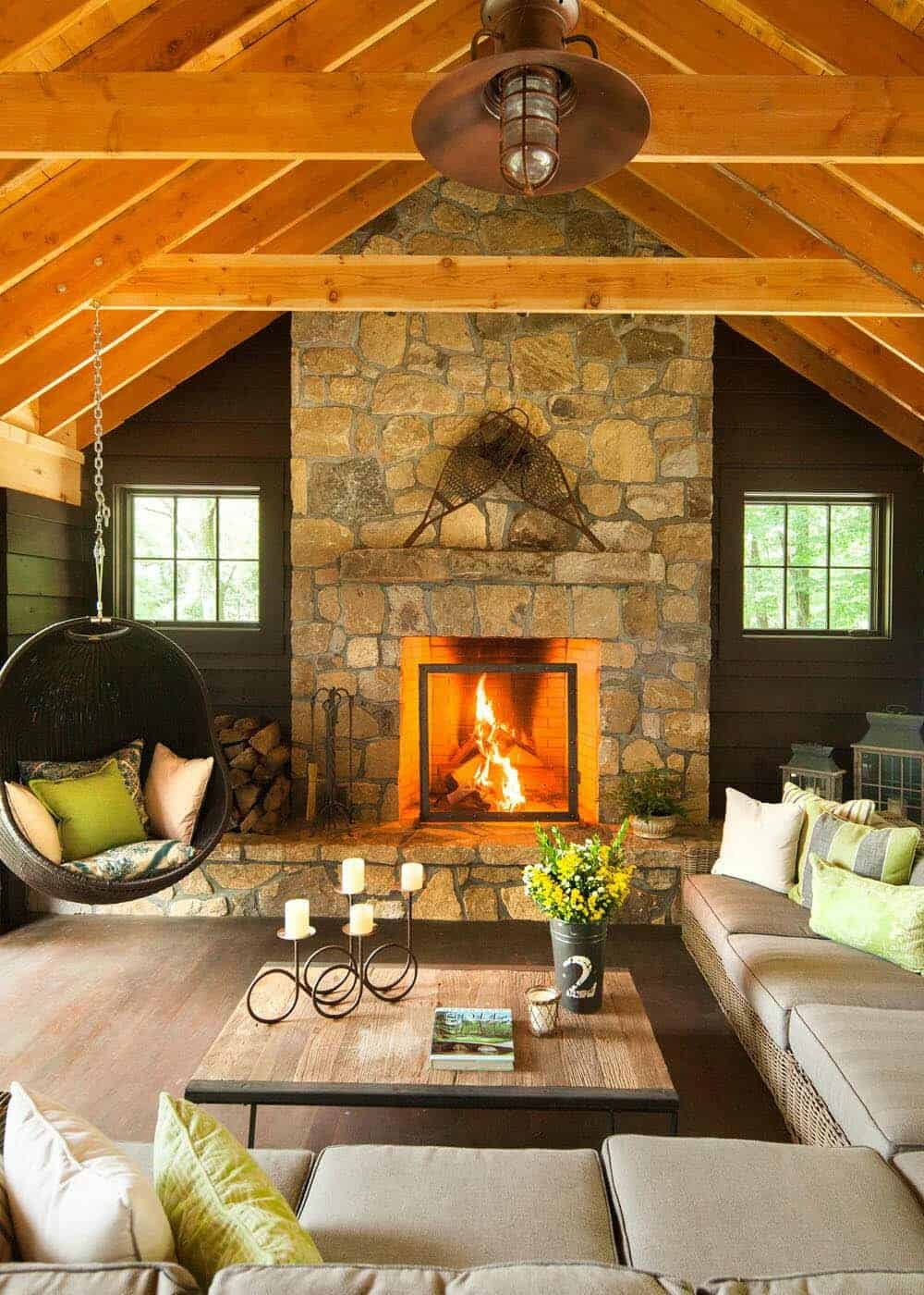 weekend-home-rustic-living-room