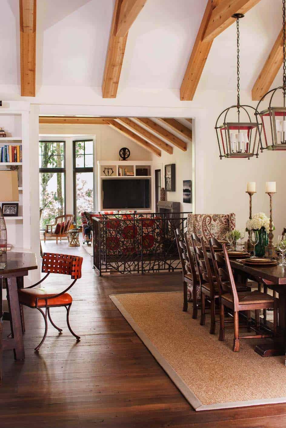 weekend-home-rustic-dining-room