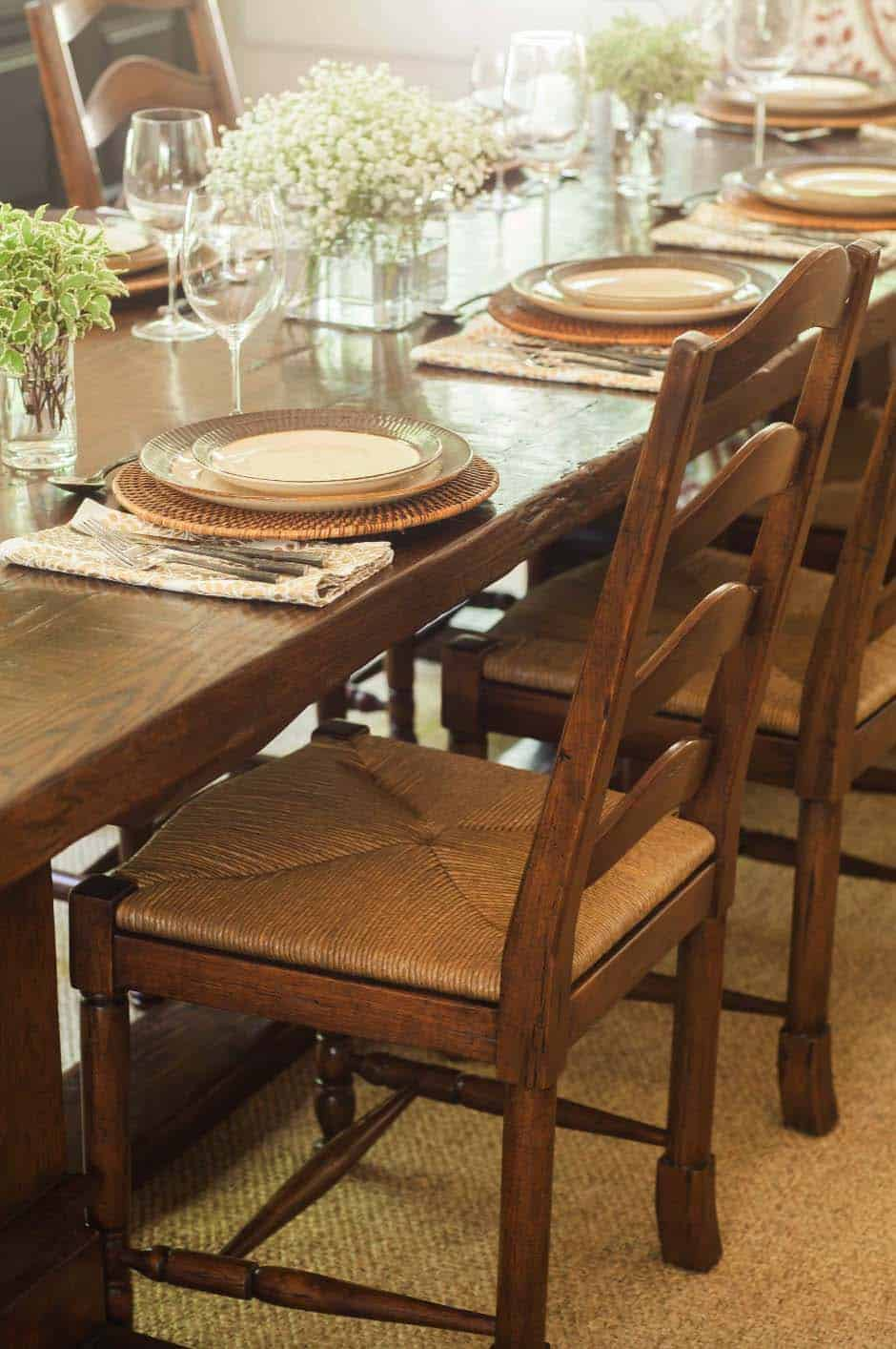 weekend-home-rustic-dining-room