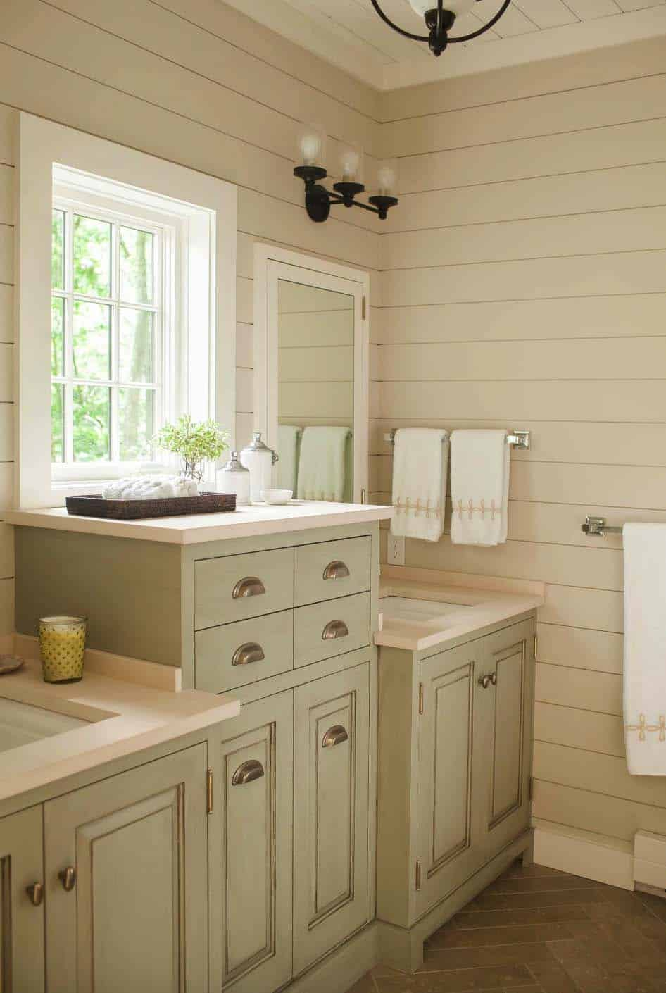 weekend-home-rustic-bathroom