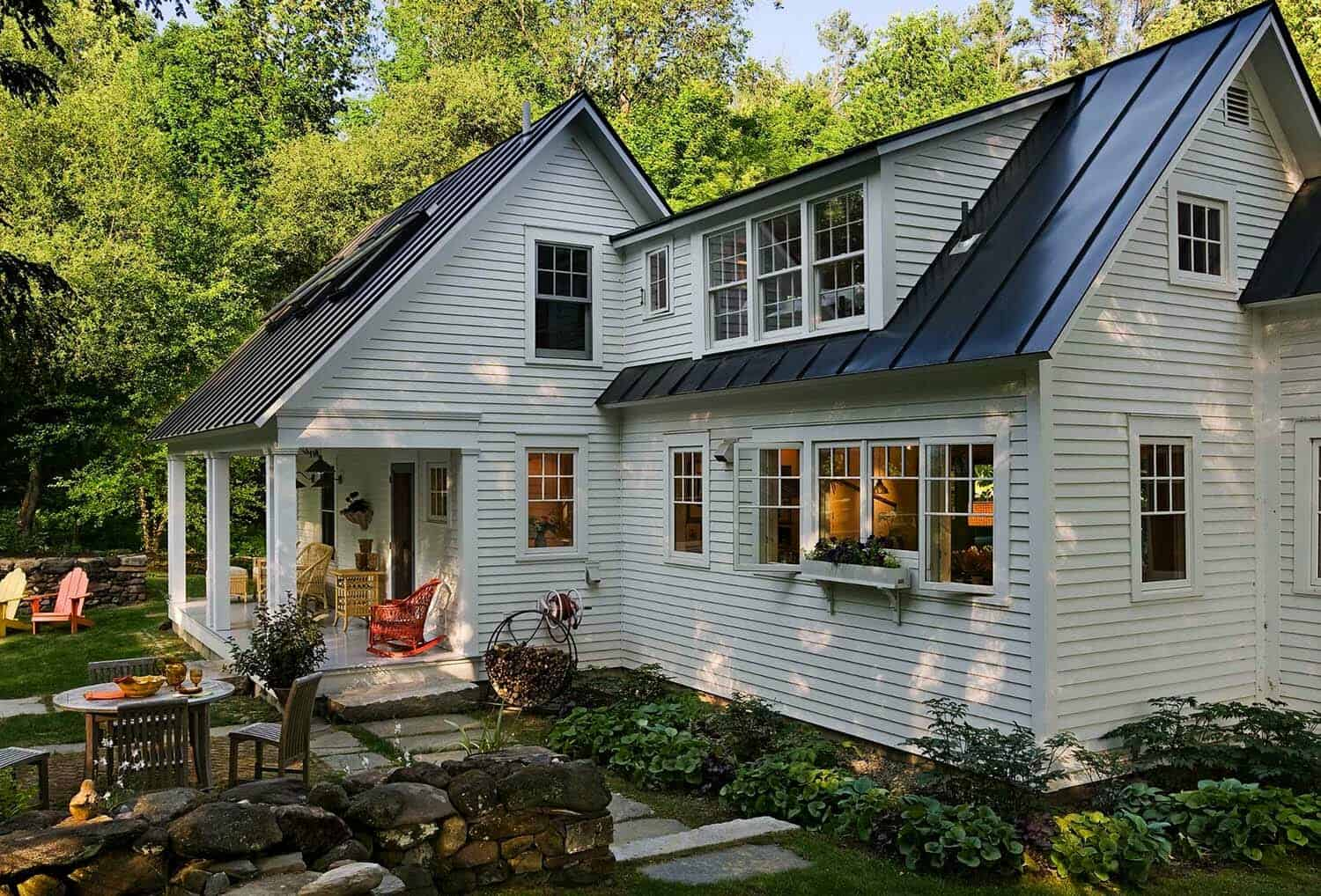 Antique Cape Style House Gets Charming