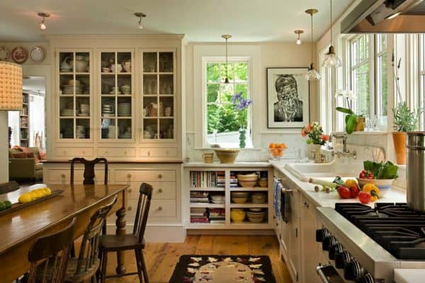 featured posts image for Antique cape style house gets charming makeover in New England