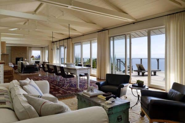 featured posts image for Stylish beach house captures serene views of Northern California's coast