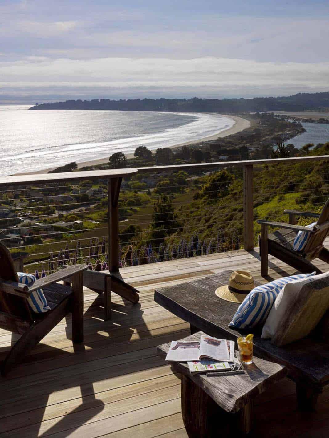 beach-style-deck