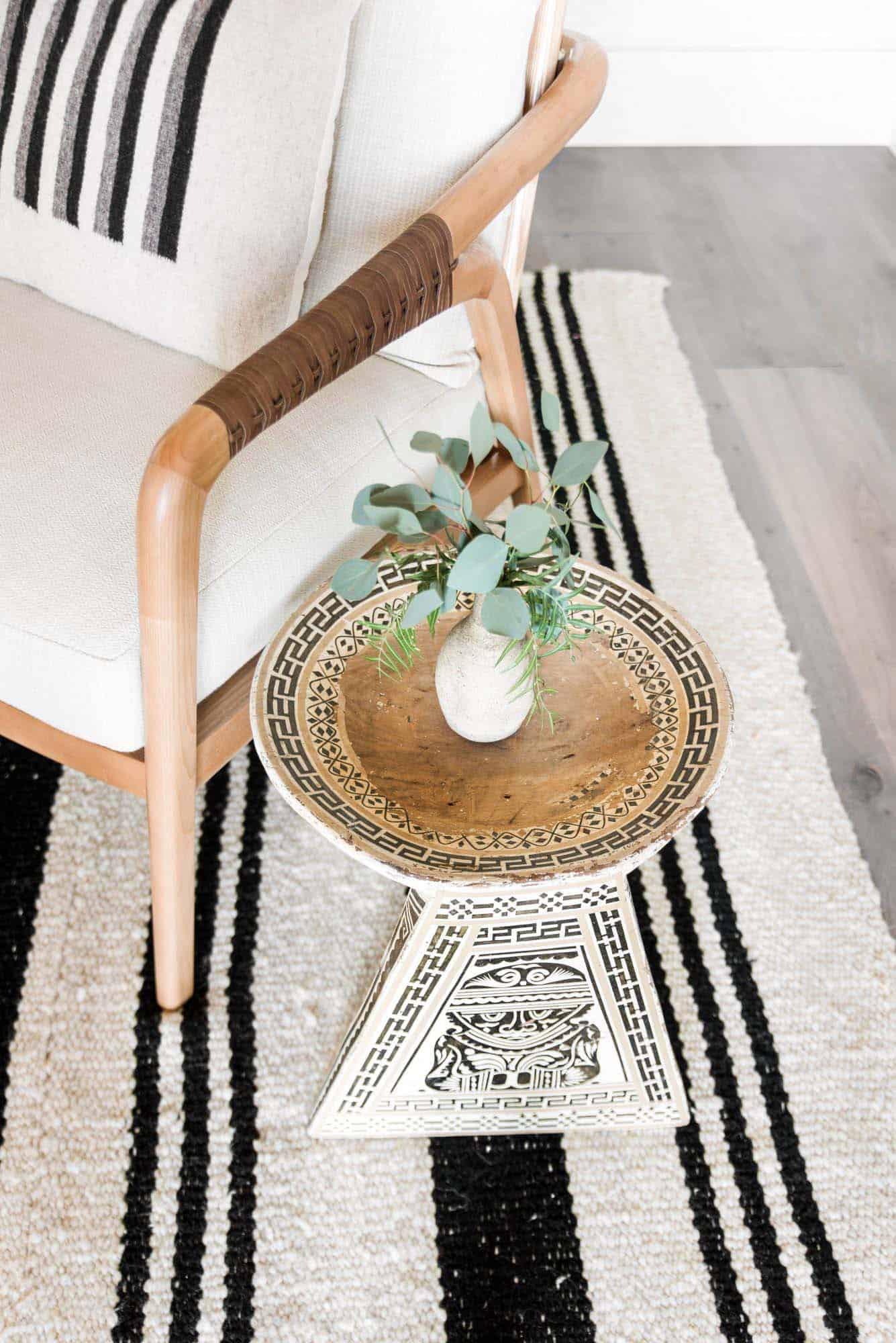 beach style chair detail