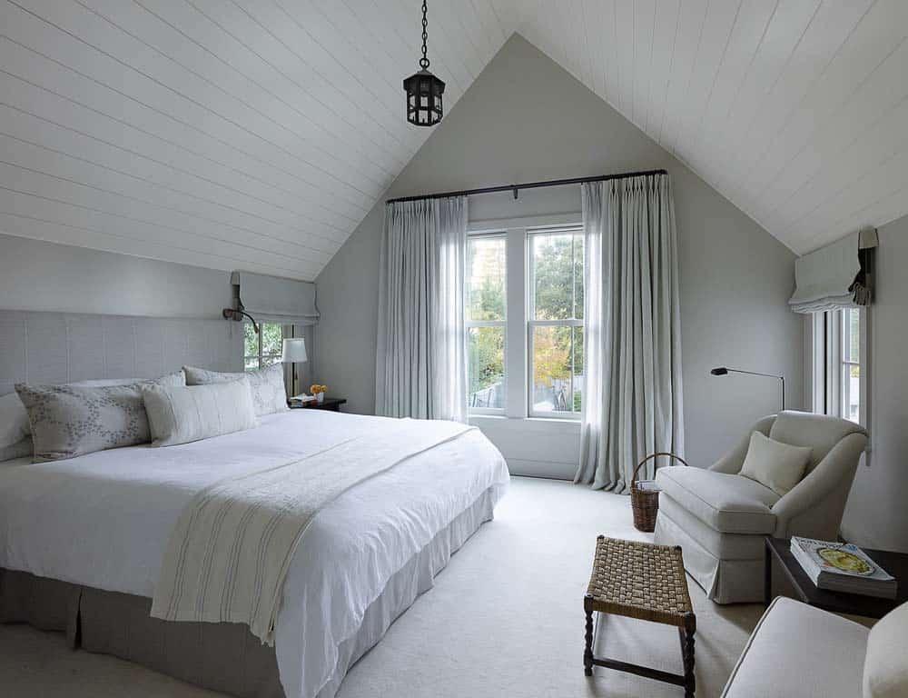 farmhouse-style-home-bedroom