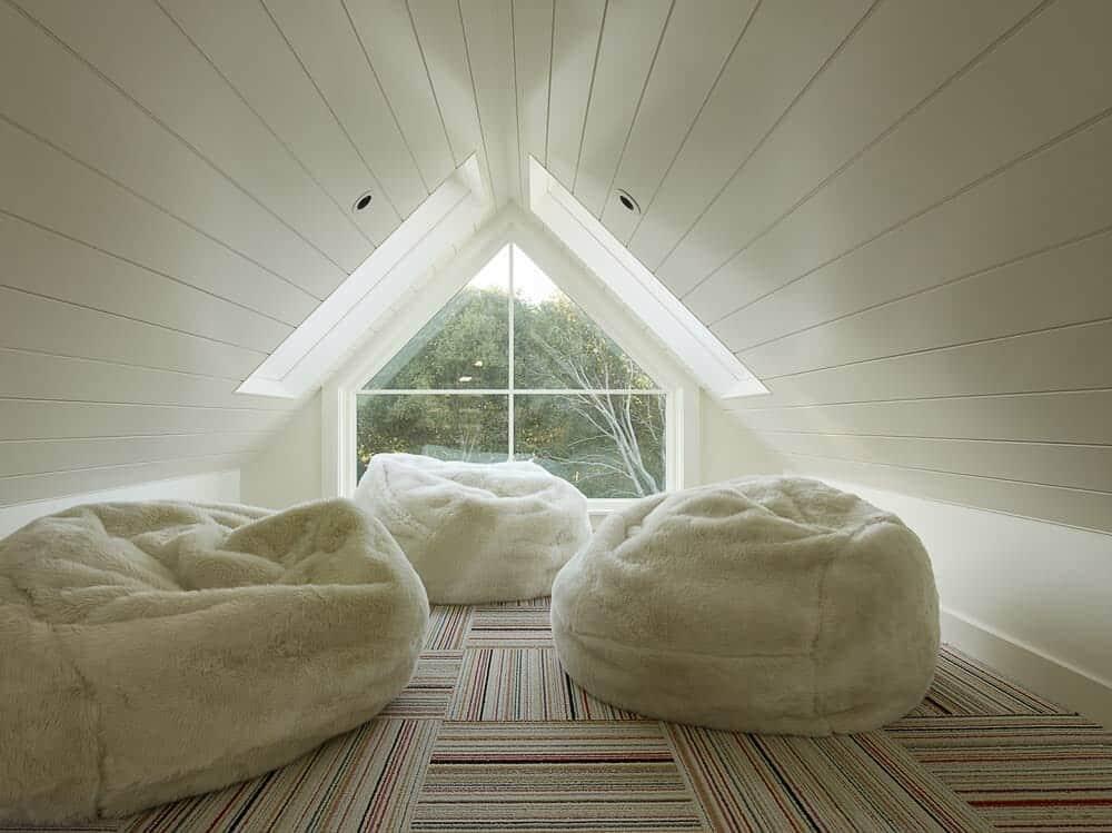 farmhouse-style-home-attic