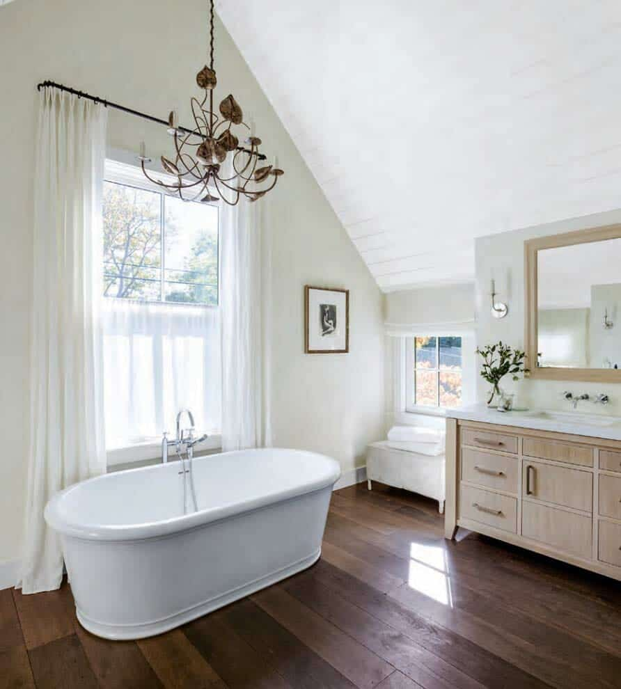 1940s Mission Style House Gets Brilliant Transformation In: Warm And Inviting Farmhouse Stye Home In The San Francisco