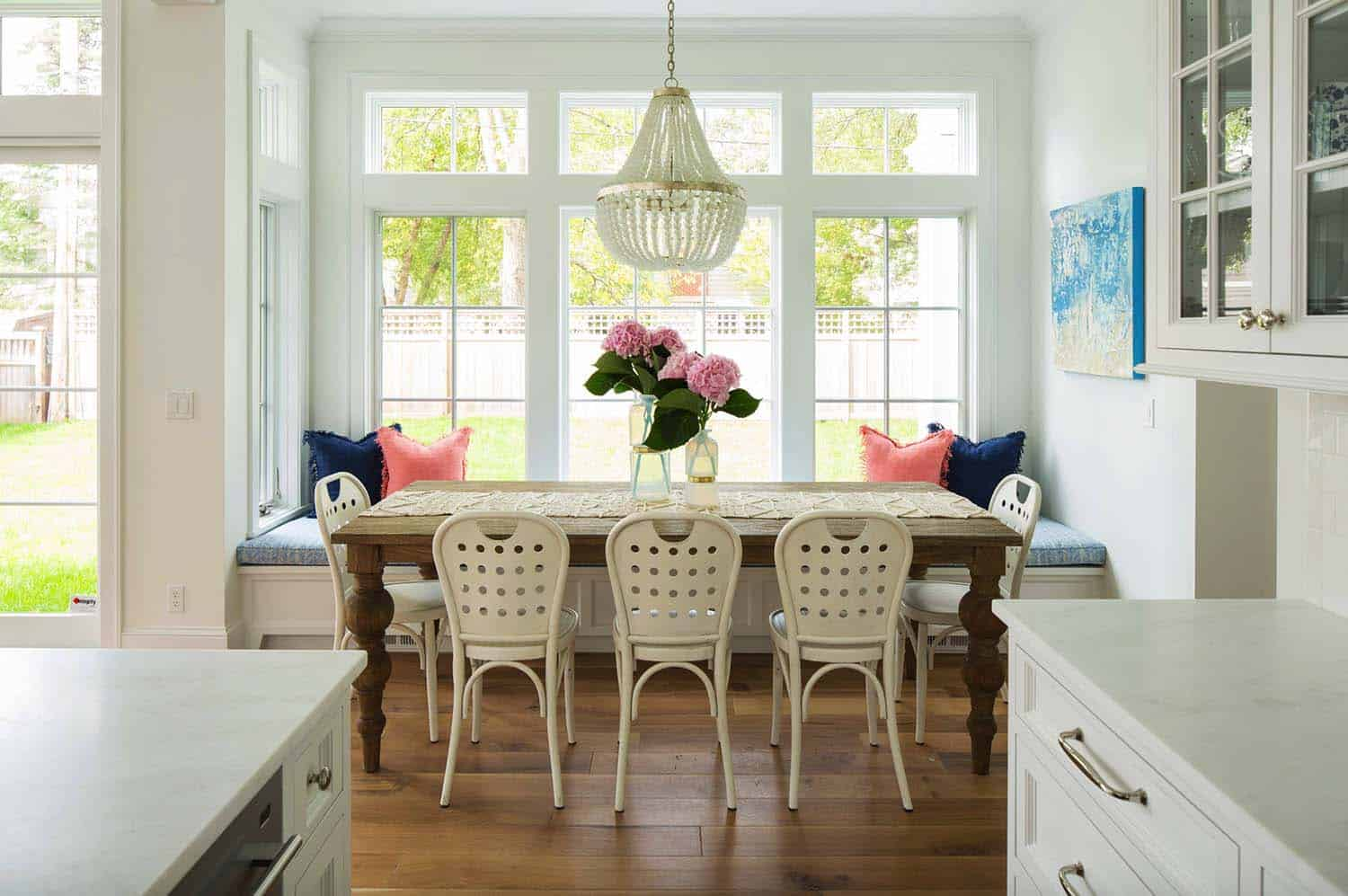 breakfast-nook-beach-style-dining-room