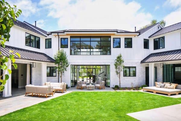 featured posts image for Modern farmhouse style home with a beachy-vibe in Newport Beach