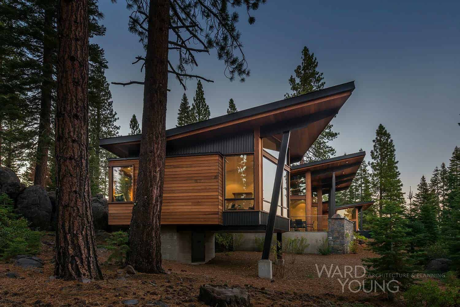 Secluded mountain modern home in martis camp surrounded by for Montain house