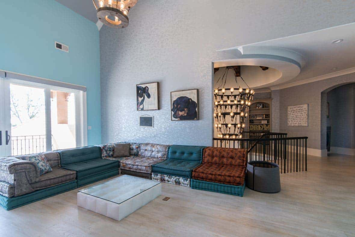 loft-transitional