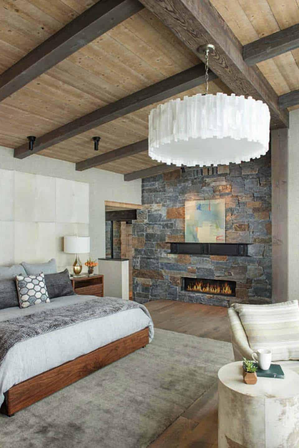 Modern rustic mountain home with spectacular views in big - Fotos de chimeneas rusticas ...