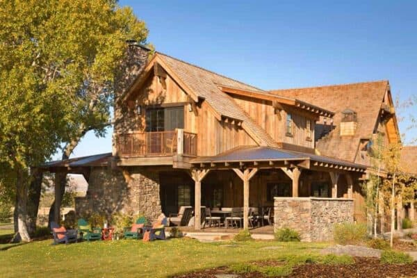 featured posts image for Breathtaking refresh of a rustic ranch house in the Montana mountains