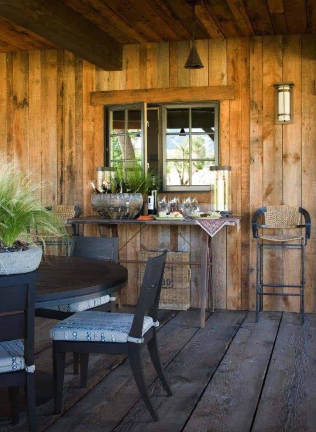 ranch-rustic-patio