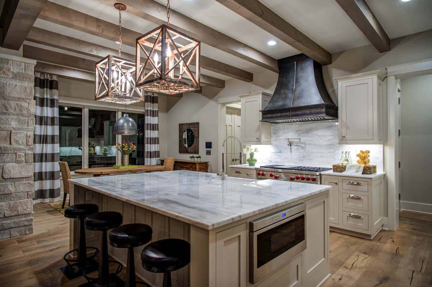 farmhouse-transitional-kitchen