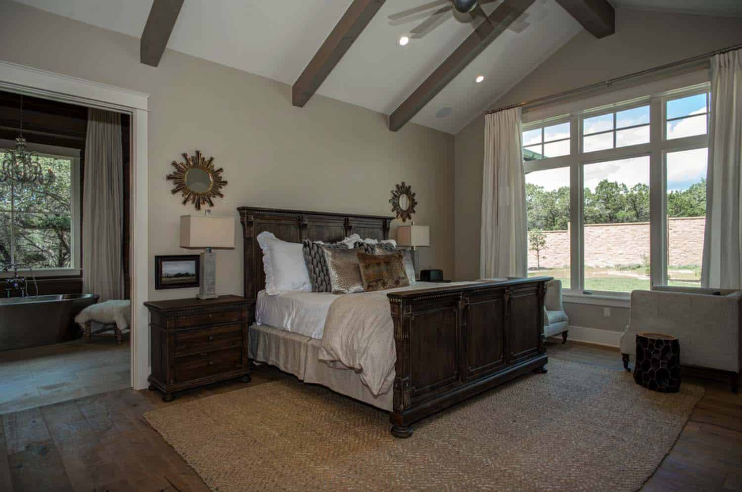 farmhouse-transitional-bedroom