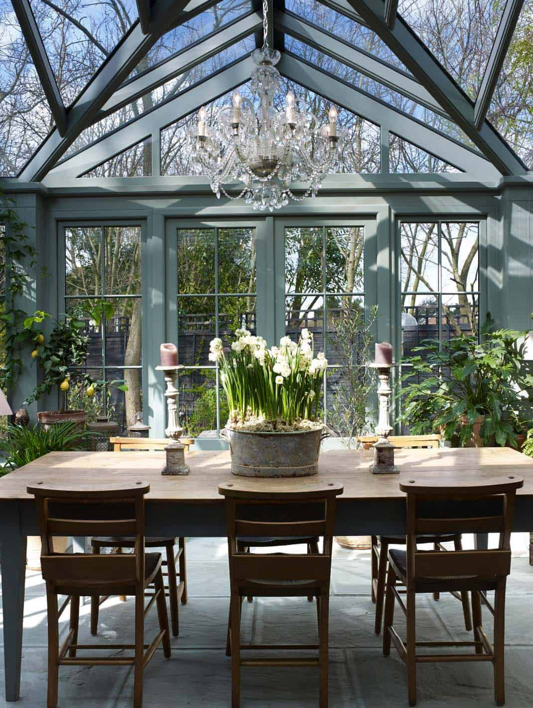 conservatory-greenhouse-dining-table