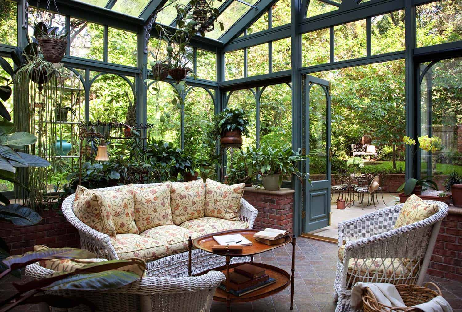 Terrific 25 Amazing Conservatory Greenhouse Ideas For Indoor Outdoor Complete Home Design Collection Barbaintelli Responsecom