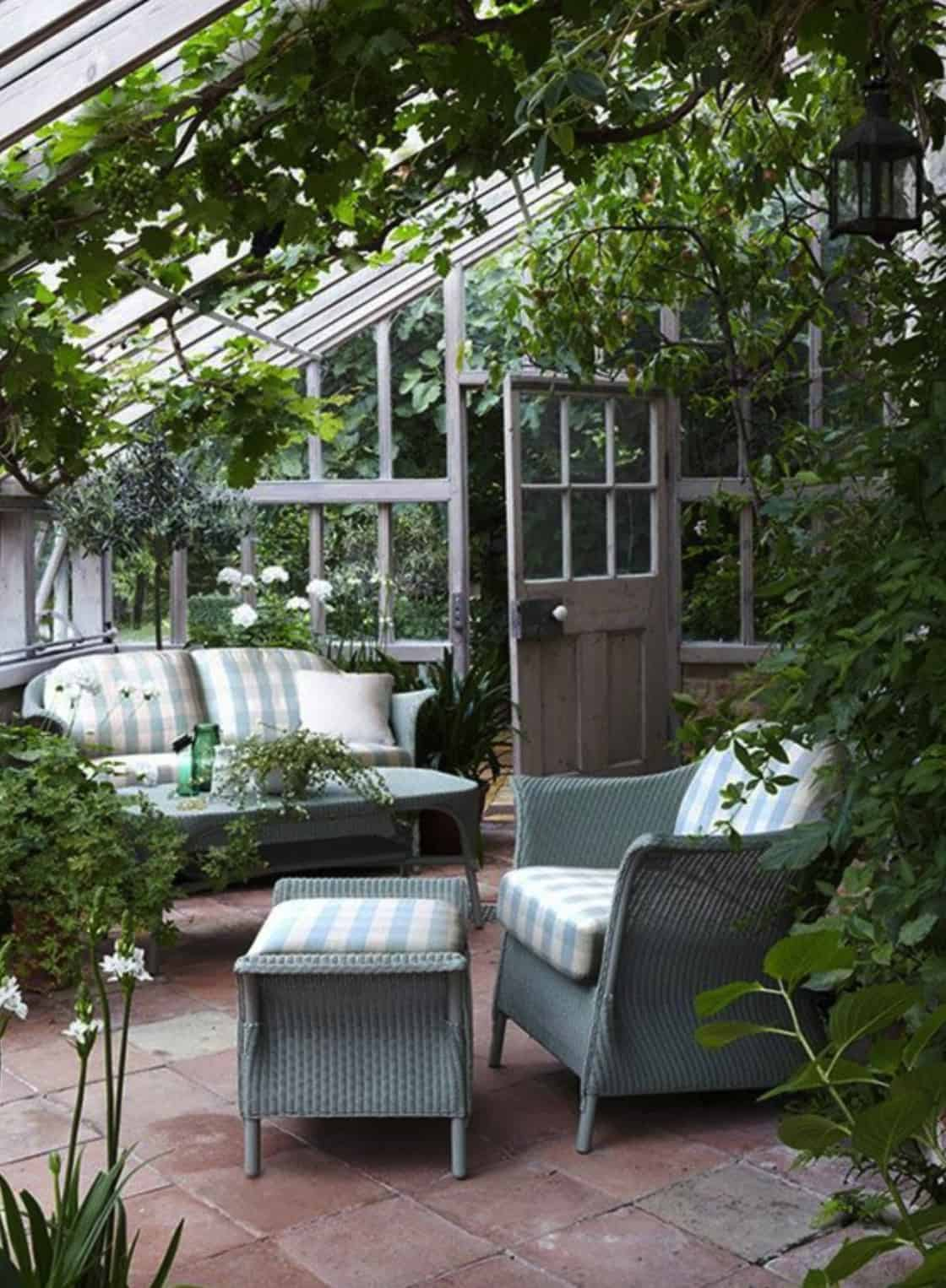 conservatory-greenhouse-living-room