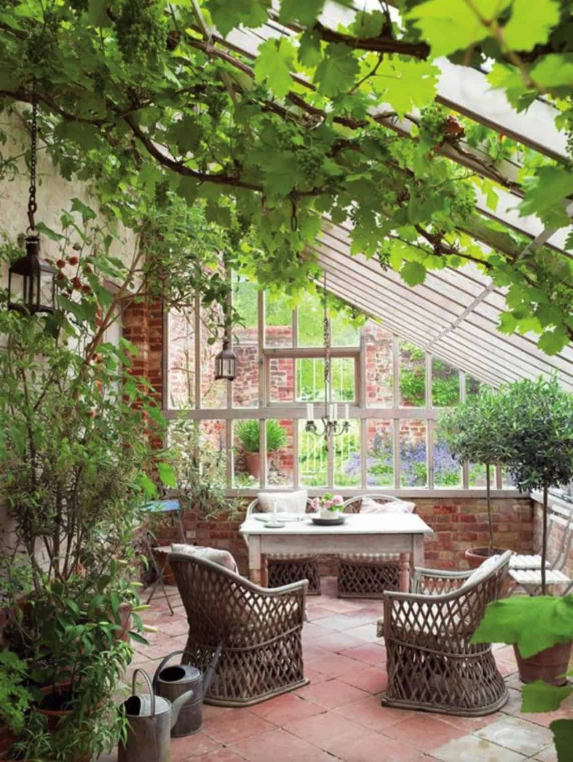 conservatory-greenhouse-living
