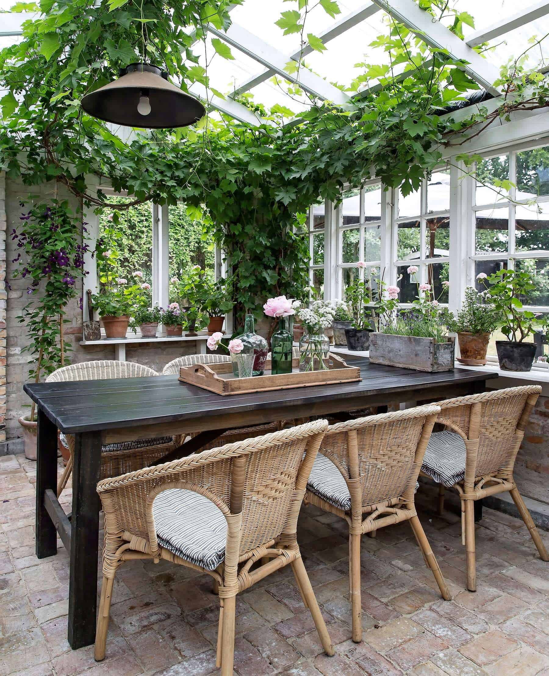 conservatory-greenhouse-dining-room
