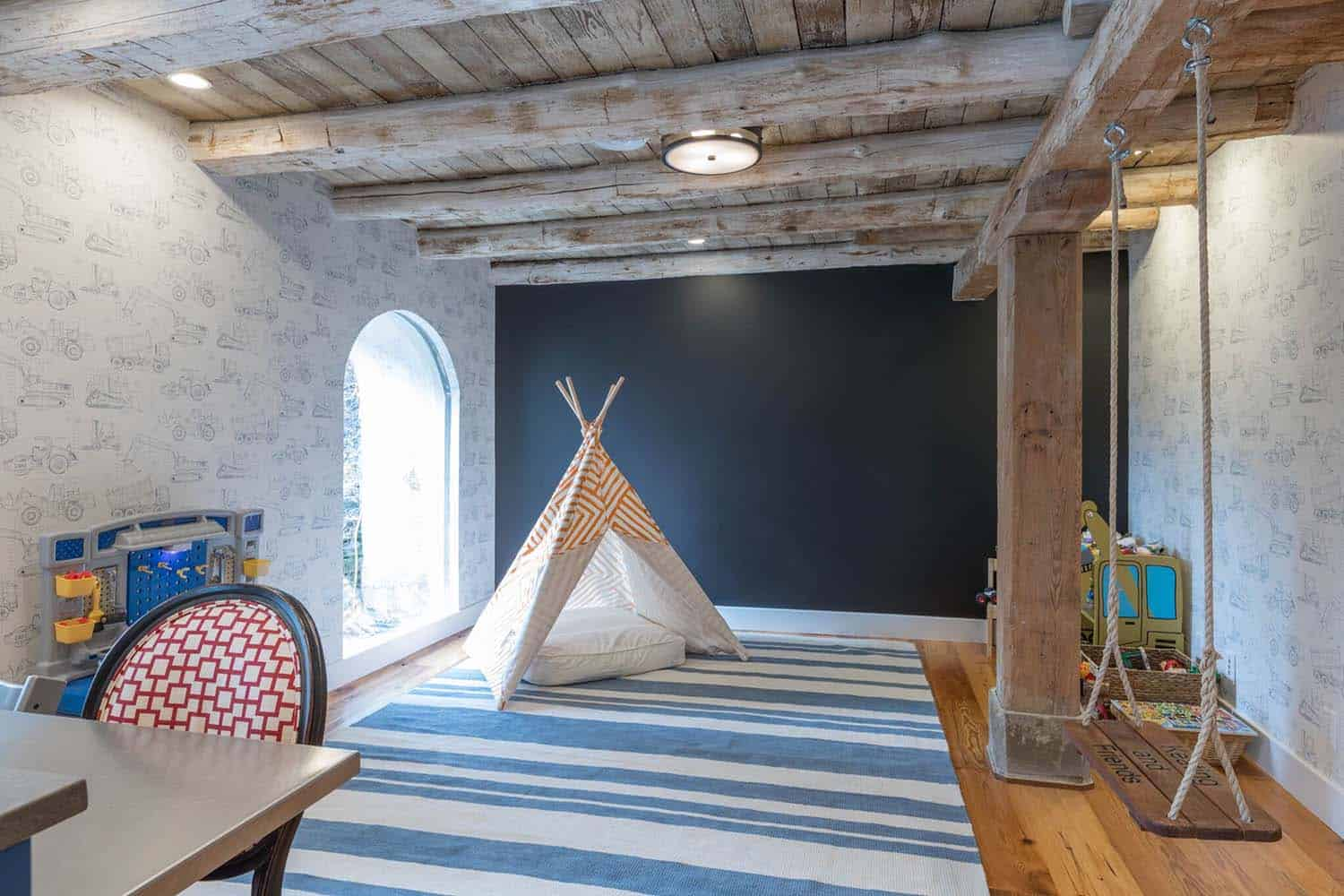 barn-house-playroom