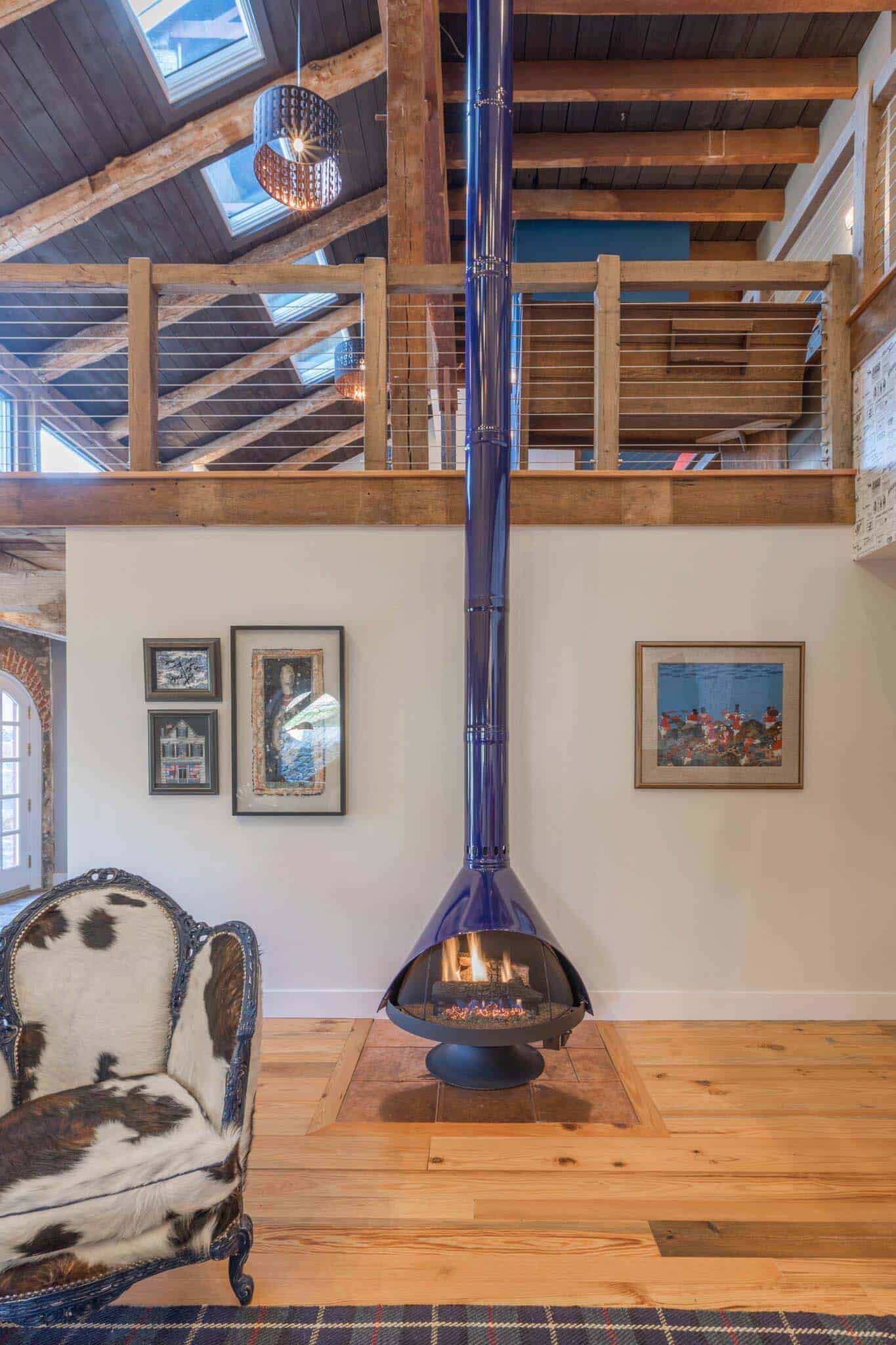 barn-house-fireplace